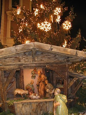 traditional christmas crib