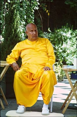 Sri Chinmoy, August 2004: Selected Images, Scanned from Film