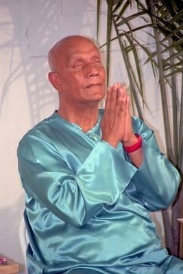 Sri Chinmoy in New York, August 1996: Portraits, Scanned from Film