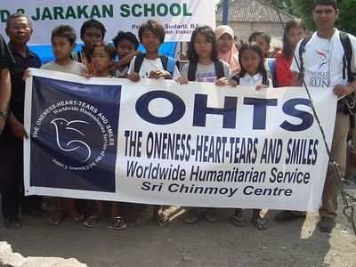 The Oneness Heart Tears and Smiles with Khalsa Aid delivers school supply to earthquake victims in Yogyakarta