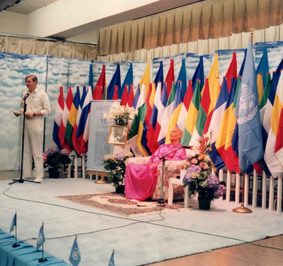 1990s-2000s-adhiratha-read-UN-related-prog-with-ckg-ps-86-queens