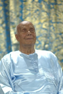 Sri Chinmoy's Concert Photos in Nashville, Tenn[b][/b][i][/i][list][/list]