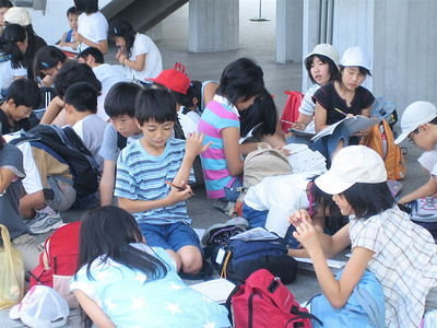All Japanese school children are disciplined and orderly in public.