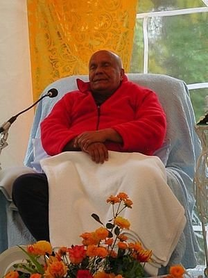 Meditation in Tent at Aspiration Ground, 20 November 2004