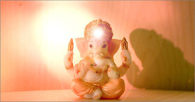 Glow, little Ganesh, glow!