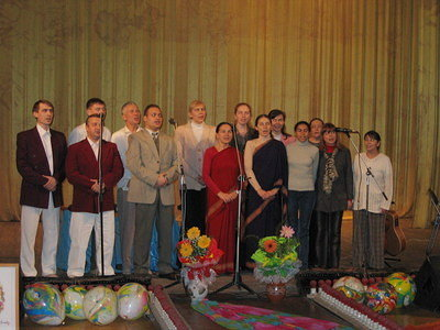 """ANAHATA NADA - 2005"". Festival of Sri Chinmoy's music in Volgograd[b]"
