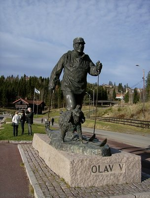 Olav V memorial in front of the Holmenkollen Sri Kjmp
