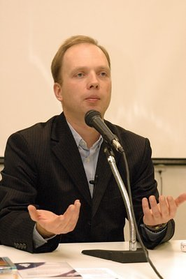 Stutisheel's talk in Moscow, December 8, 2007